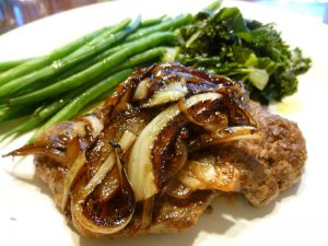 Pan-Fried Cubed Steak with Caramelized Onions (AIP, Paleo, SCD, GAPS)