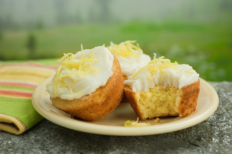 Luscious-Lemon-Cupcakes